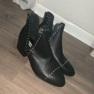 Size 9 Steve Madden Booties